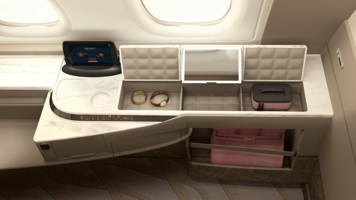 Gli interni nelle nuove Suite a bordo degli Airbus 380 di Singapore Airlines