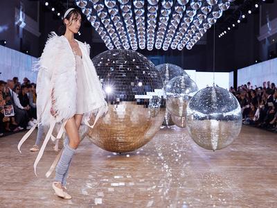 Moncler - Milano Moda Donna