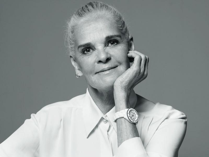 Ali MacGraw Chanel