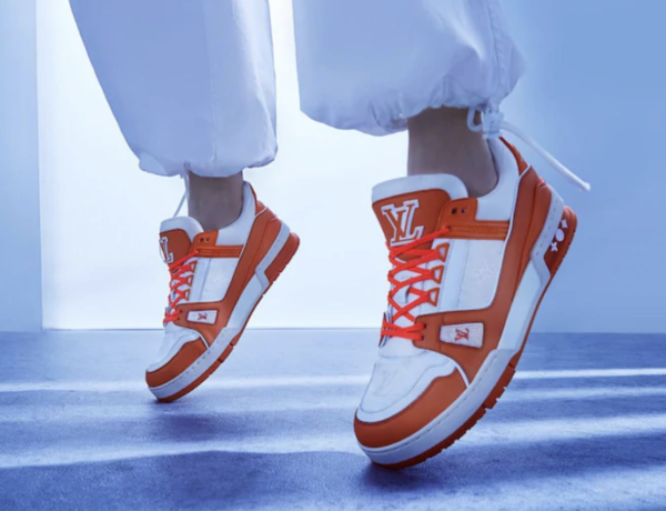 Sneakers virgil abloh – luois vuitton – Neon LV Trainer