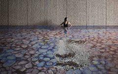 Nuova piscina a mosaico by Bisazza e design Fornasetti a L'Albereta