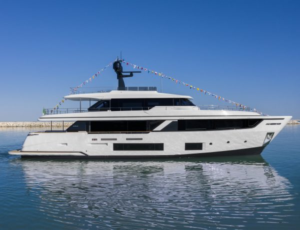 Navetta 30 - Custom Line - Ferretti Group