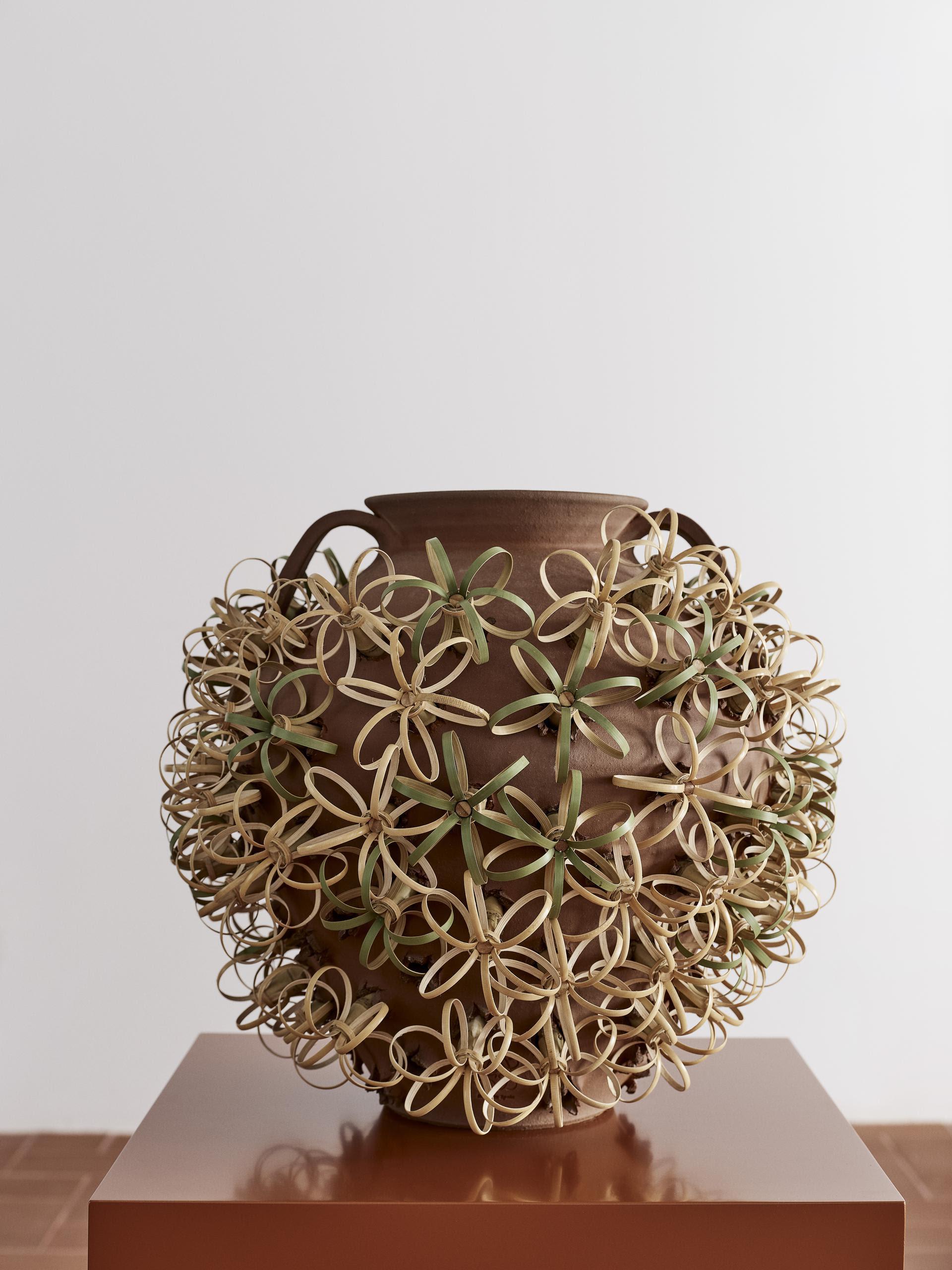 LOEWE Weaves by Loewe e Sotheby's