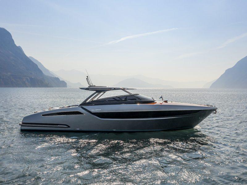 Yacht DOLCERIVA - Ph Courtesy Ferretti Group