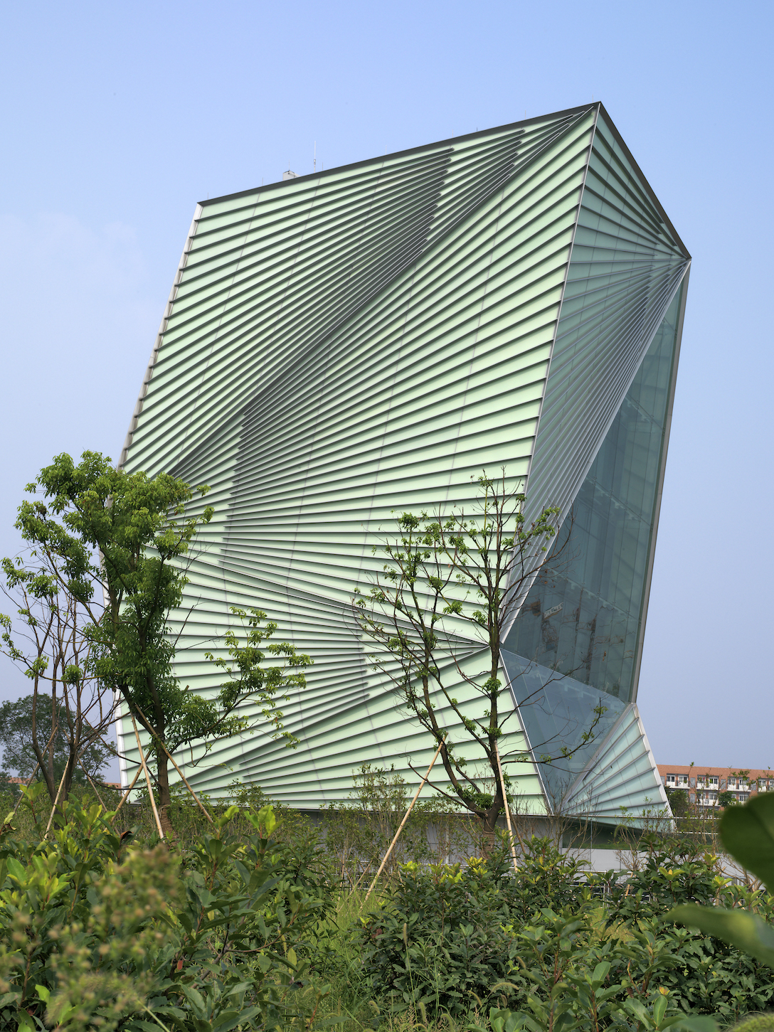 MCA Ningbo - Mario-Cucinella-Architects-CSET View from the Garden 2008 Photo by Daniele Domenicali